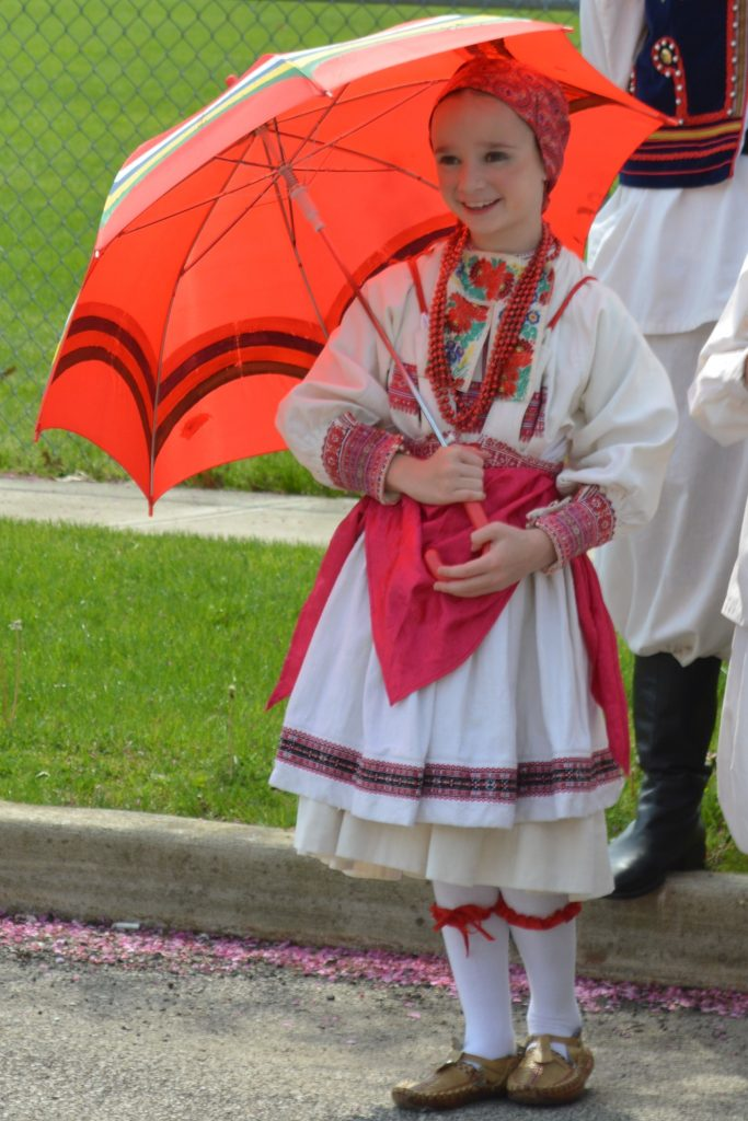 Croatian Dance with umbrella